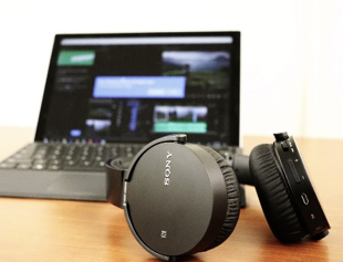 Bluetooth Headphones and Computer